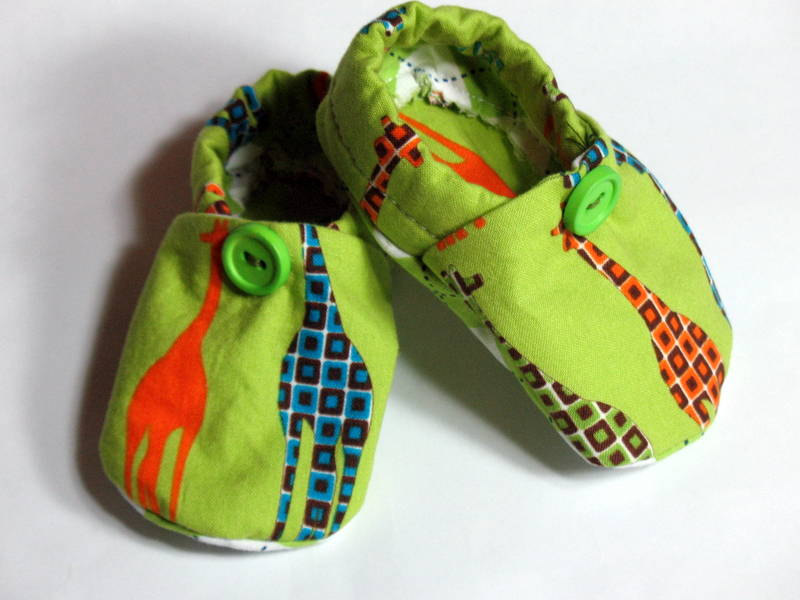 Baby Crib Shoes Boys Giraffes Green Argyle